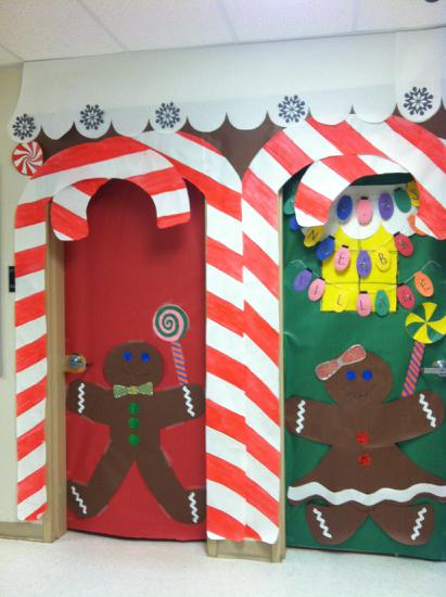 Christmas Gingerbread and Reindeer Themed Bulletin Board Idea