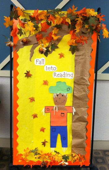 Back To School and Fall Reading Bulletin Board Idea