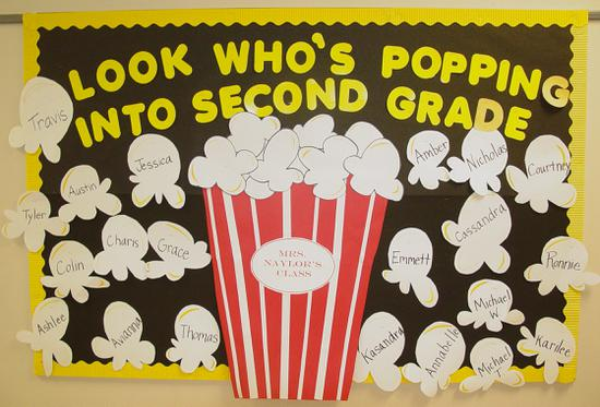Welcome Back to School Popcorn Bulletin Board Idea