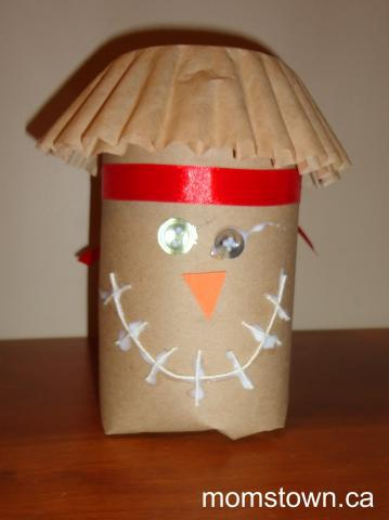 Fall or Halloween Scarecrow Craft for Kids