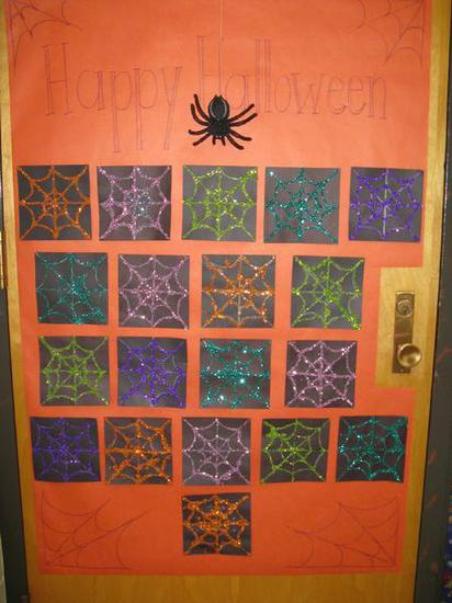Glitter Spider Web Halloween Door Decoration