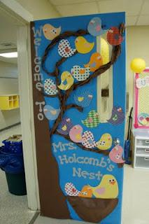 Kindergarten and Elementary Back To School Door Display and Bulletin Board Idea