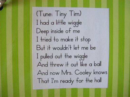 Tiny Tim - Sing Along Line-Up Song